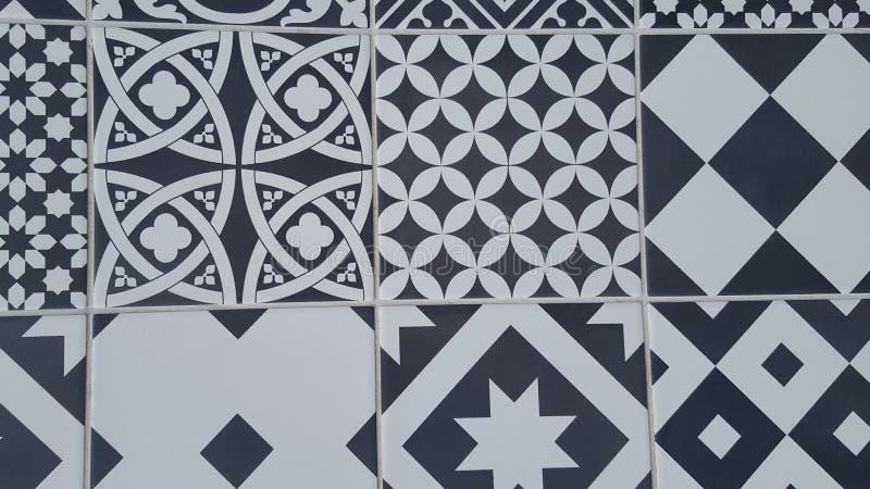 Fundo de Azulejo das telhas no projeto preto e branco do estilo mediterrâneo fotografia de stock
