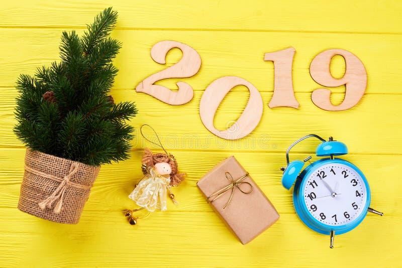 Fundo de madeira do ano novo e do Natal 2019 imagem de stock