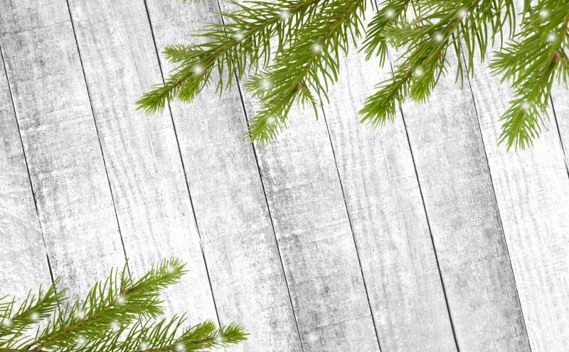 Fundo de madeira do Natal com a árvore de abeto da neve Vista superior com co fotos de stock royalty free