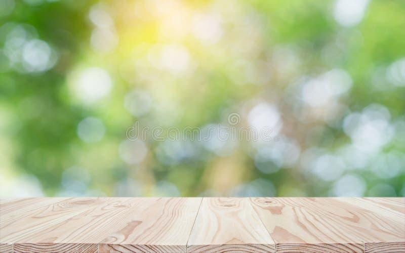 Fundo de madeira vazio da natureza do tampo da mesa e do borrão com espaço da cópia para a exposição ou a montagem seus produtos imagem de stock