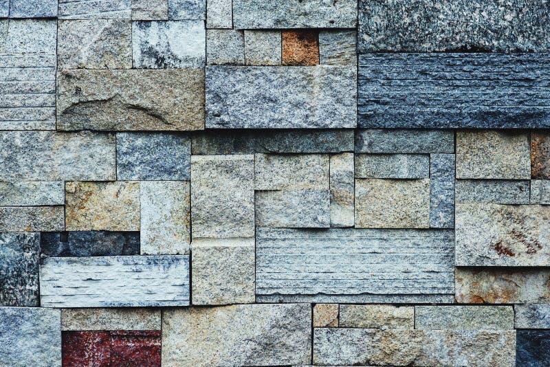 Fundo de pedra gravado do teste padrão da textura da parede de tijolo, espaço da cópia imagens de stock royalty free