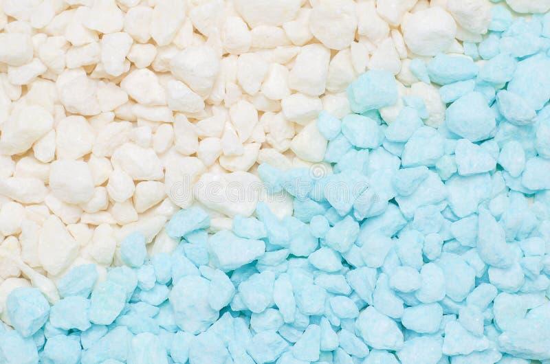 Fundo de pedra pequeno azul e branco da textura do cascalho fotografia de stock royalty free