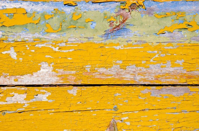 Fundo de pranchas de madeira da parede do grunge retro da casca imagens de stock