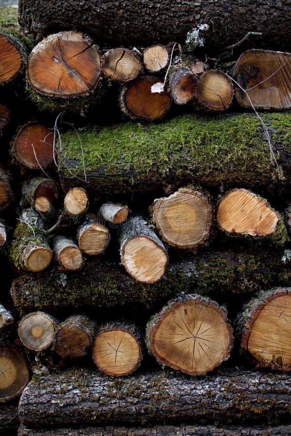 Fundo de registros de madeira imagens de stock