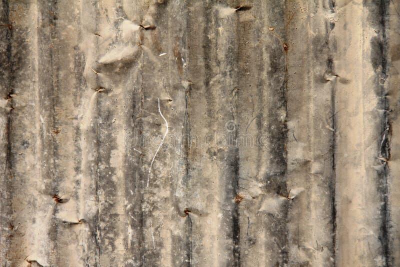 Fundo de uma parede velha do aço inoxidável imagens de stock royalty free