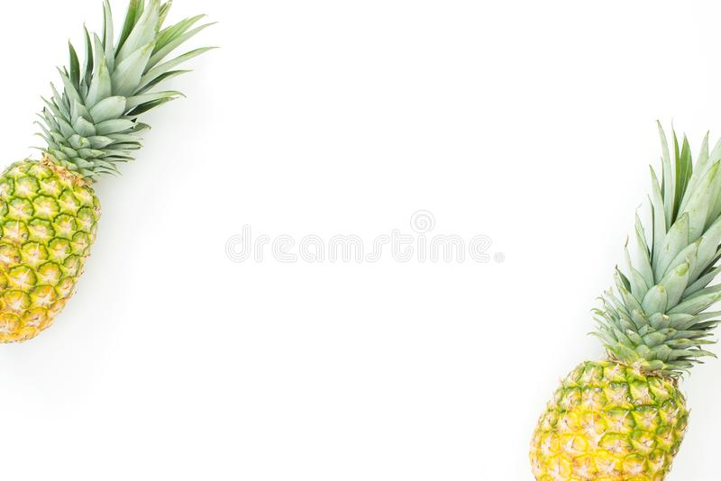 Fundo diagonal do fruto do abacaxi foto de stock
