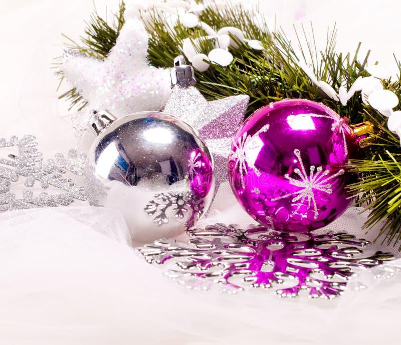 Fundo Do Ano Novo Com Bolas Da Decoração Foto de Stock
