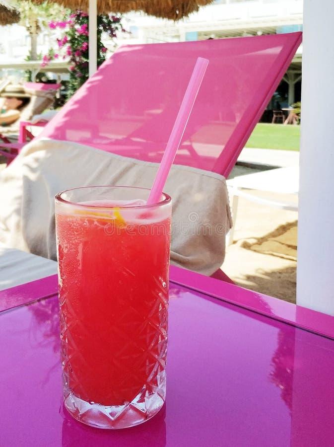 Fundo do cocktail e da praia foto de stock royalty free