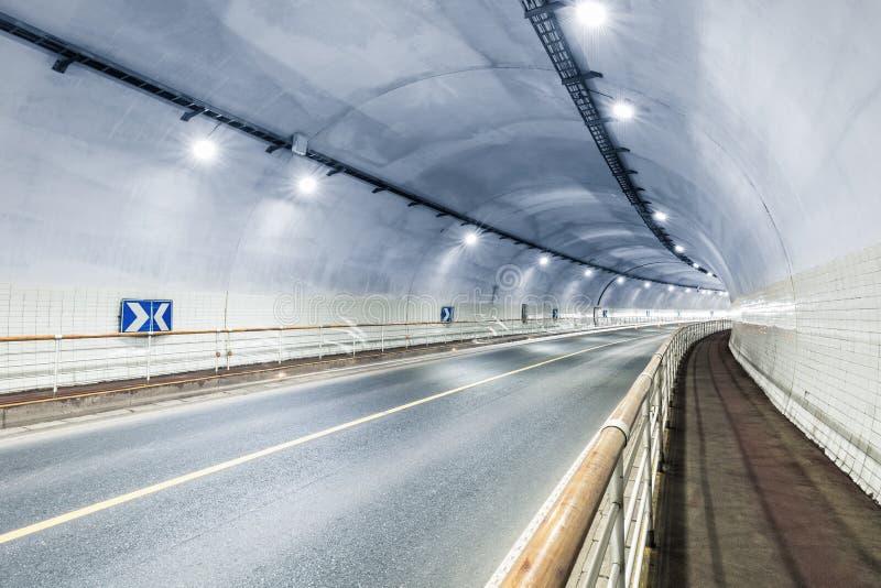Fundo do interior do túnel fotos de stock
