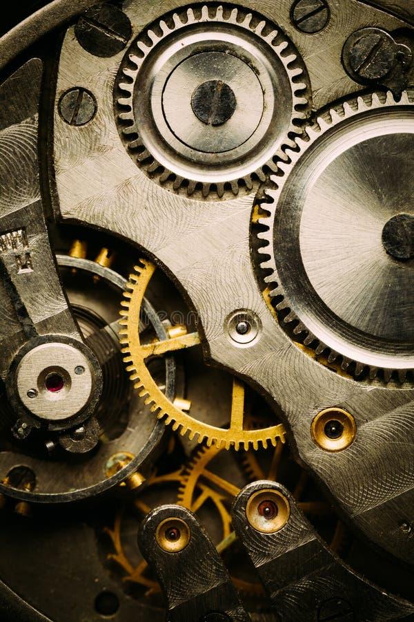 Fundo do maquinismo de relojoaria fotos de stock royalty free