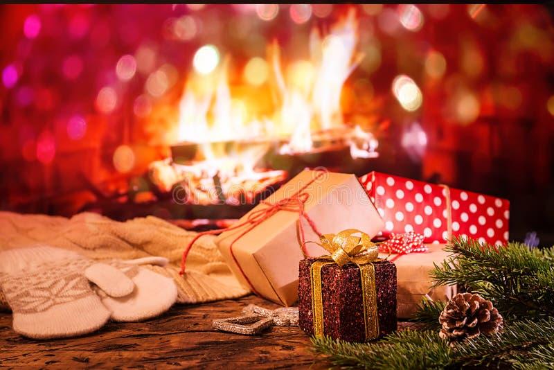 Fundo do Natal com caixas de presente fotografia de stock royalty free