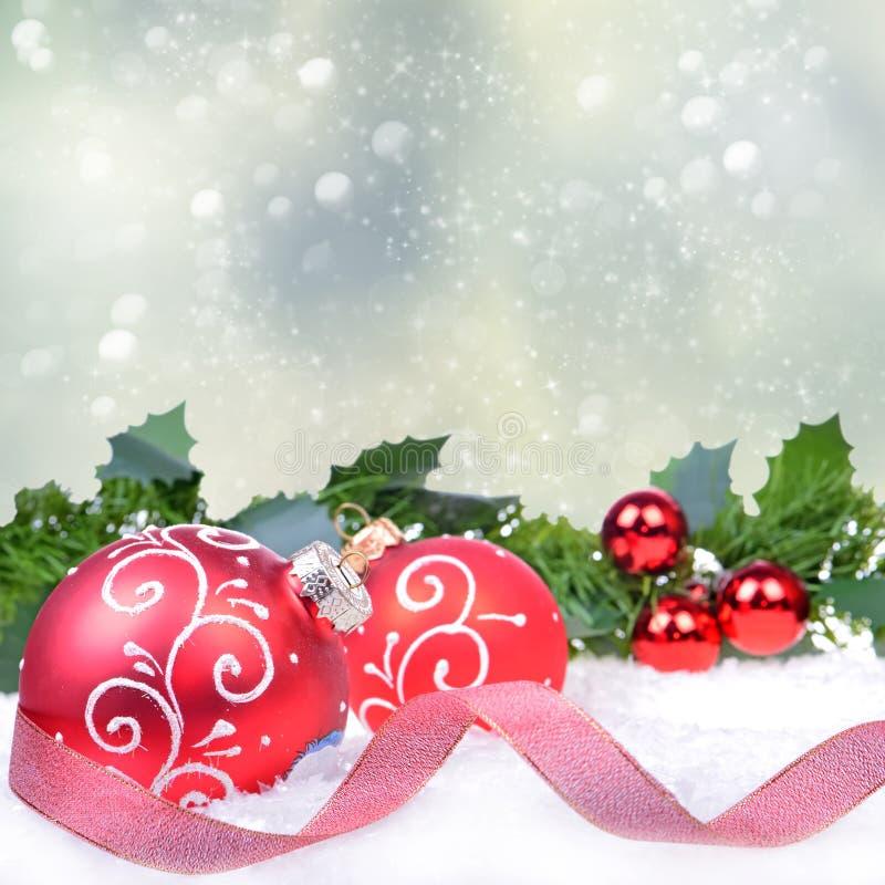 Fundo do Natal com esferas foto de stock