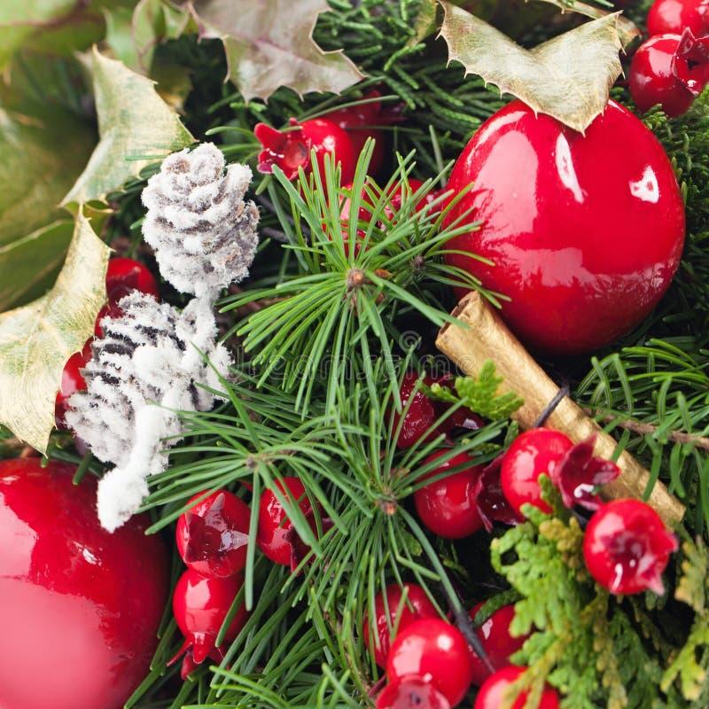 Fundo do Natal com o galho verde da árvore do Xmas imagem de stock royalty free