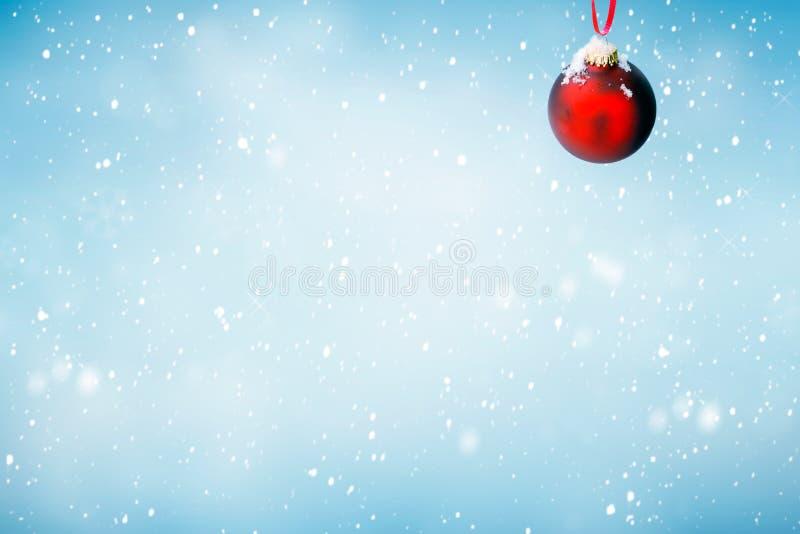 Fundo do Natal com ornamento vermelho imagens de stock royalty free