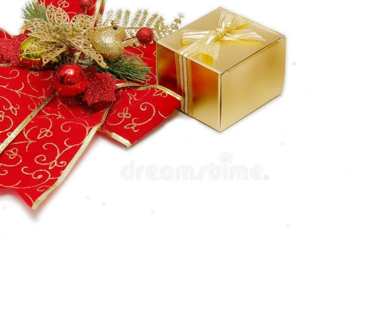 Fundo do Natal com uma curva vermelha da elegância grande foto de stock royalty free