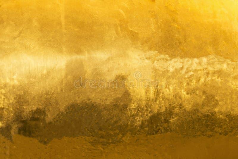Fundo do ouro ou texturas e sombras, paredes velhas e riscos imagem de stock