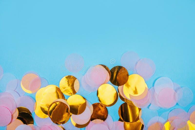 Fundo dos confetes do ouro ilustração royalty free