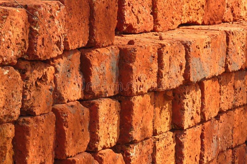 Fundo dos tijolos vermelhos fotografia de stock royalty free