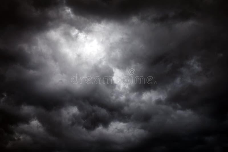 Fundo dramático das nuvens imagem de stock royalty free