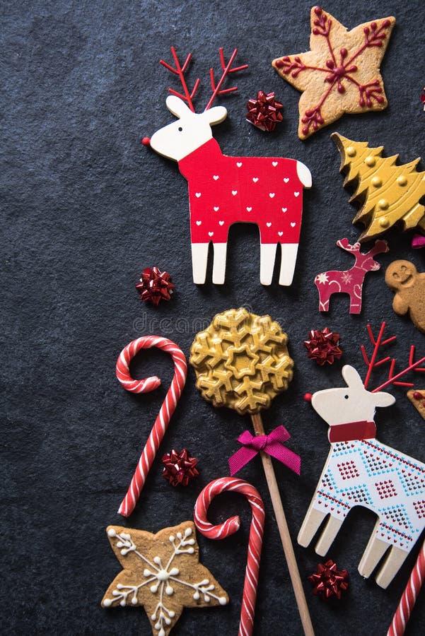 Fundo festivo do alimento dos doces do Natal imagem de stock royalty free