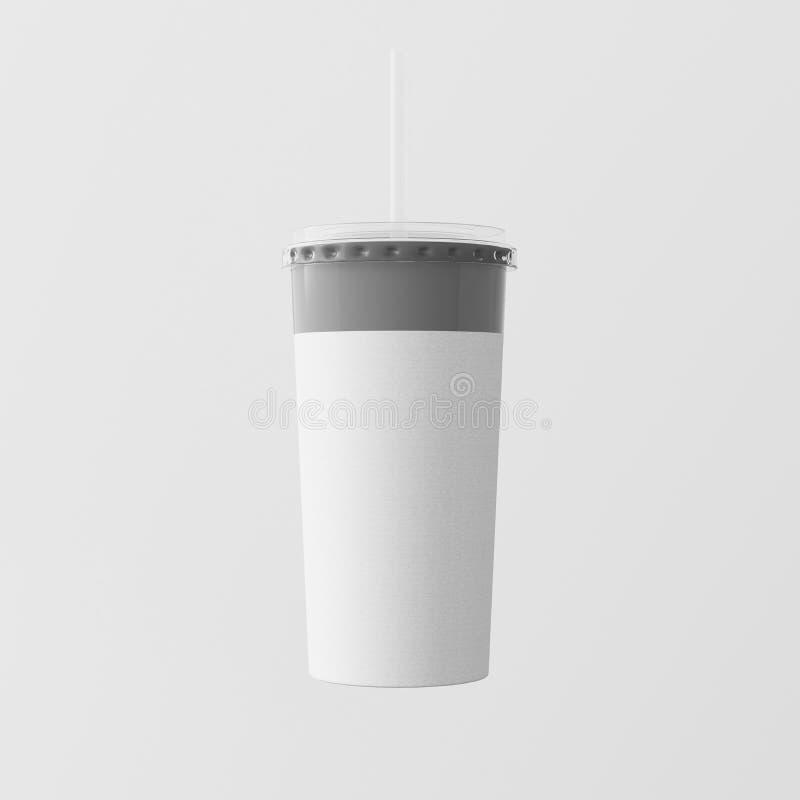 Fundo isolado dos batidos do papel de embalagem do close up um copo branco vazio Leve embora a parte superior fechado do tubo do  imagem de stock royalty free