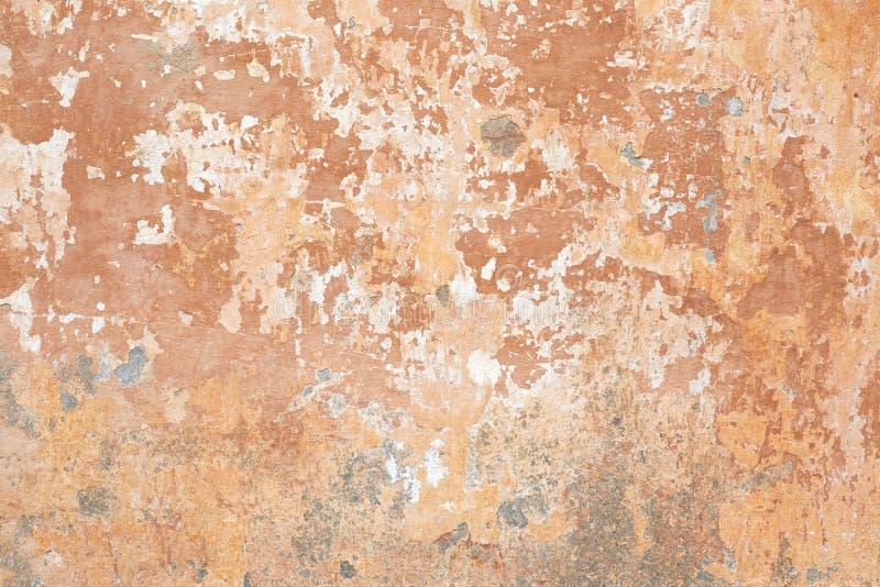 Fundo lascado bege velho da textura da parede em Itália fotografia de stock