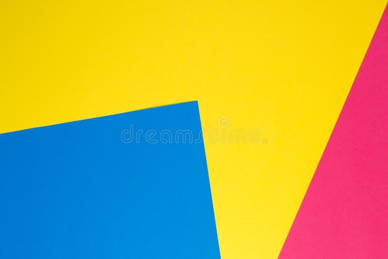 Fundo liso da composição da geometria colorida dos papéis fotos de stock