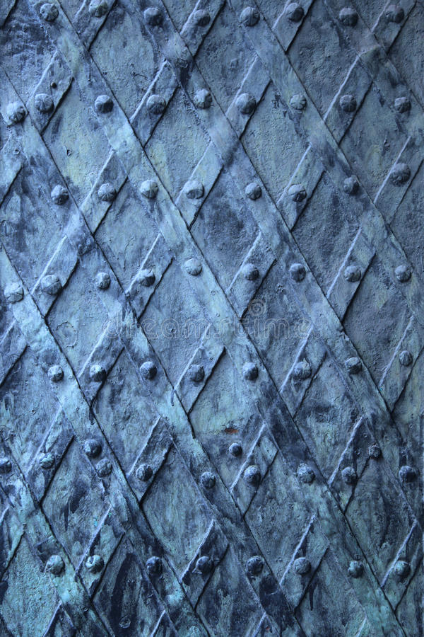 Fundo medieval da porta do vintage do metal imagem de stock