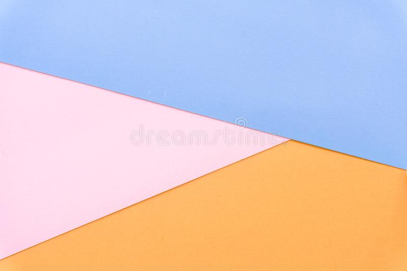 Fundo multicolorido de um papel de cores diferentes fotos de stock
