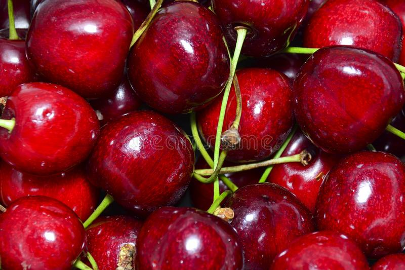 fundo natural do close-up vermelho da cereja doce imagens de stock royalty free
