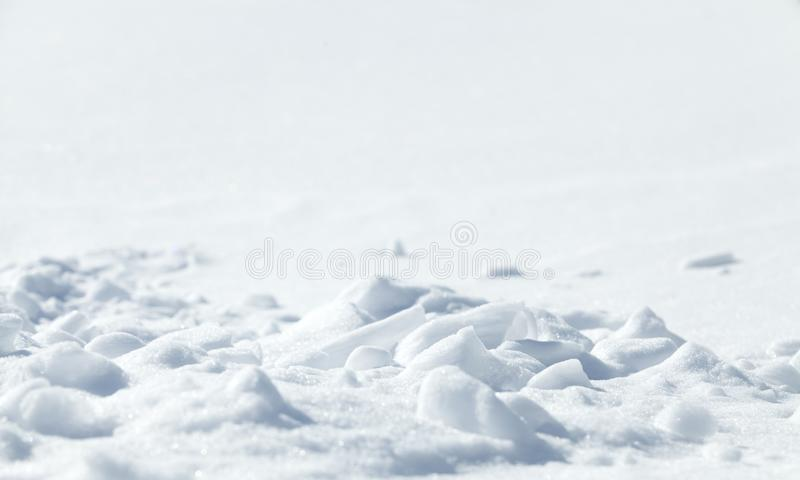 Fundo natural do inverno com neve Fundo de Snowy White Chr fotos de stock
