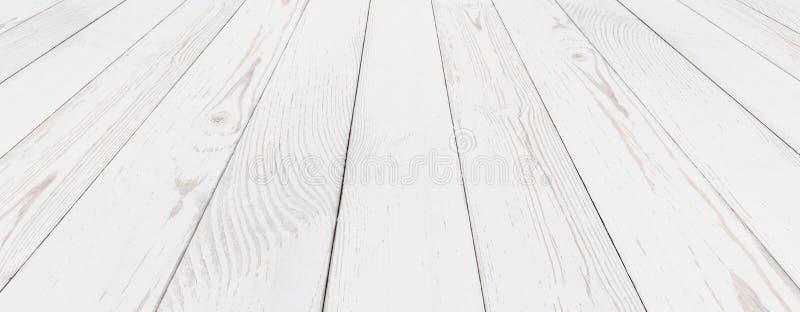 Fundo pintado branco de madeira do Grunge imagem de stock royalty free