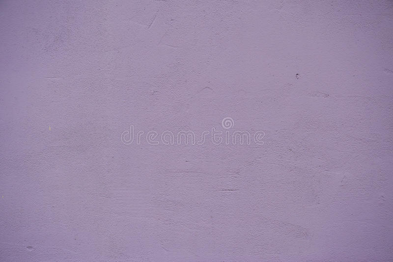 Fundo pintado violeta da textura da parede fotos de stock