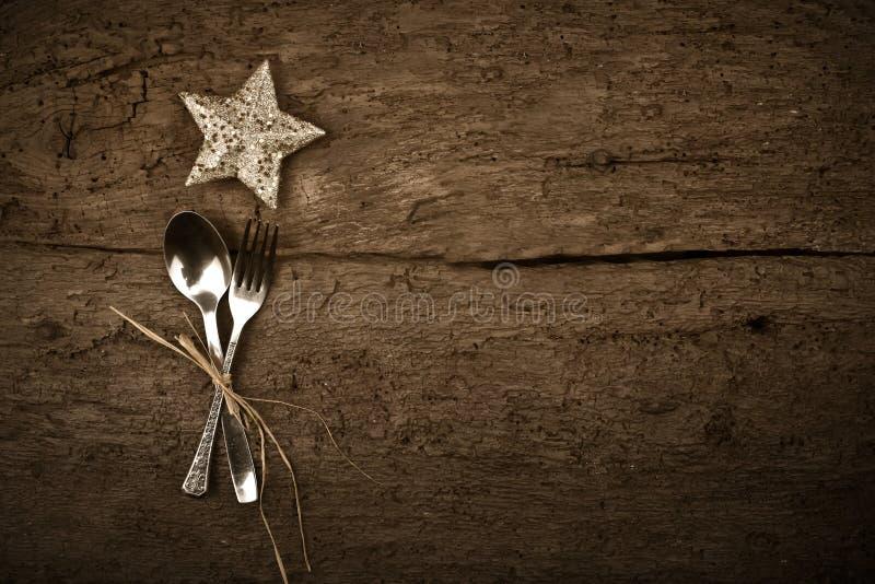 Fundo rústico do jantar do dia de Natal fotos de stock royalty free