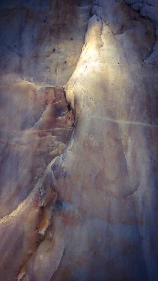 Fundo velho da cama de rio da formação de rocha fotografia de stock royalty free
