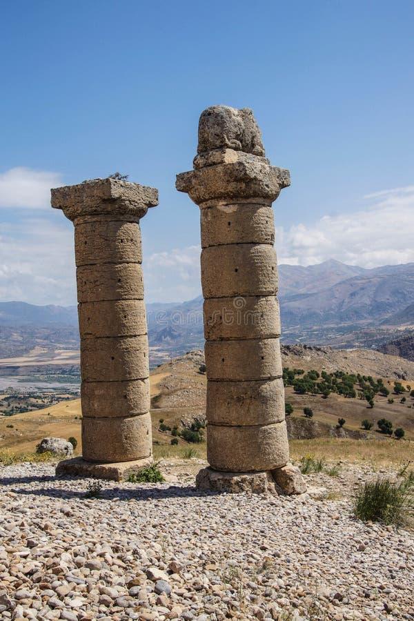 Funerary kolommen in Karakus royalty-vrije stock foto