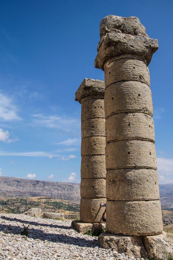 Funerary kolommen in Karakus royalty-vrije stock afbeeldingen