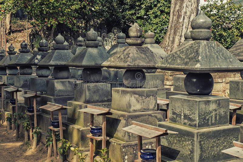 Funerary urnen, Naritasan-shinshojitempel, Narita, Chiba, Japan stock afbeelding