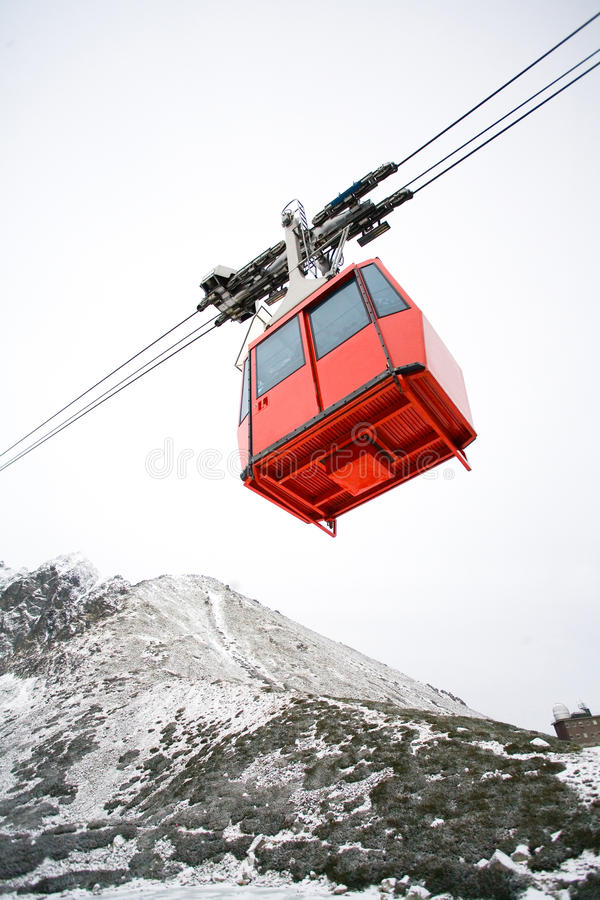 Funiculaire, montagnes de la Slovaquie photographie stock libre de droits