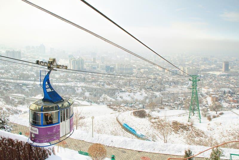 Funicular z widokiem Almaty, Kazachstan obraz stock