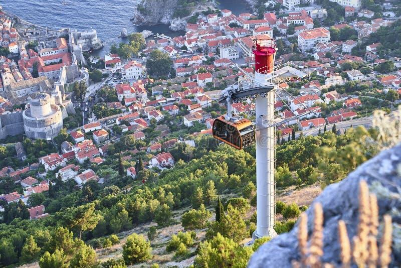 Funikulär in Dubrovnik kroatien stockbild