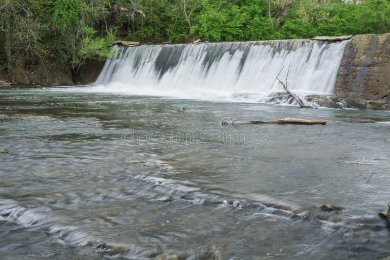 Funileiro Creek Dam - 2 imagens de stock royalty free