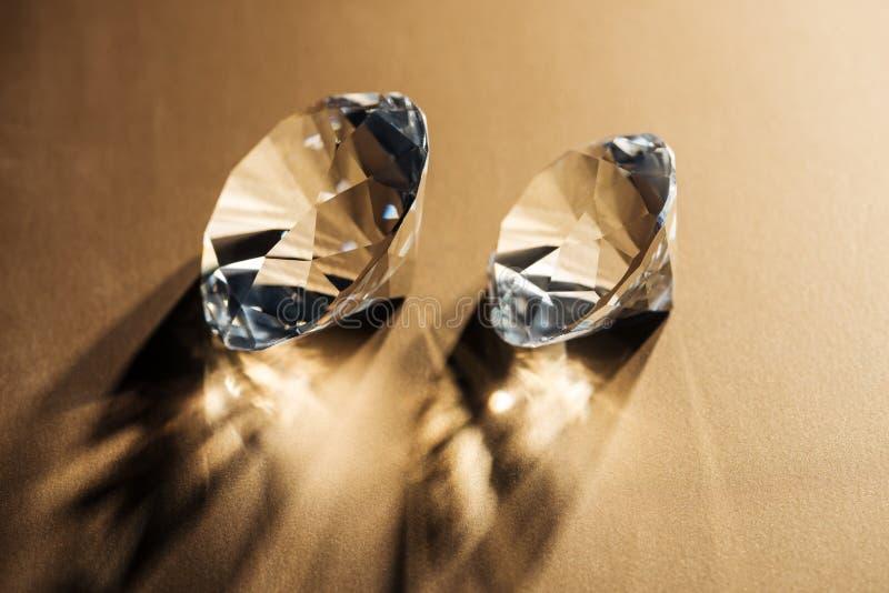 funkelnde klare Diamanten lizenzfreie stockfotos