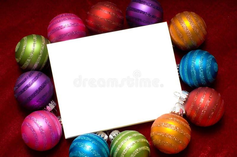 Funkelnde Weihnachtsverzierungen lizenzfreie stockbilder