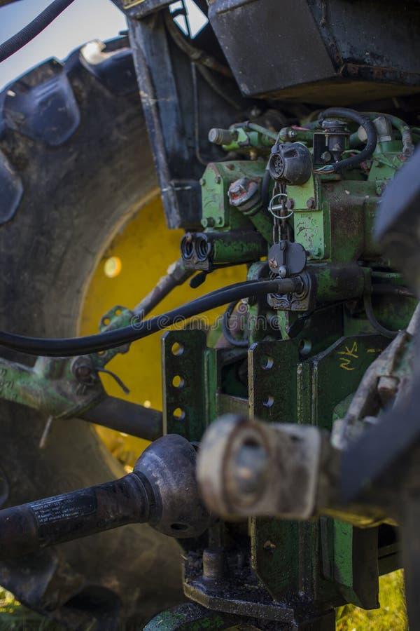 Funktionsduglig traktormotor fotografering för bildbyråer