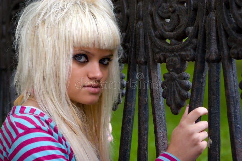 Funky jonge vrouw royalty-vrije stock foto