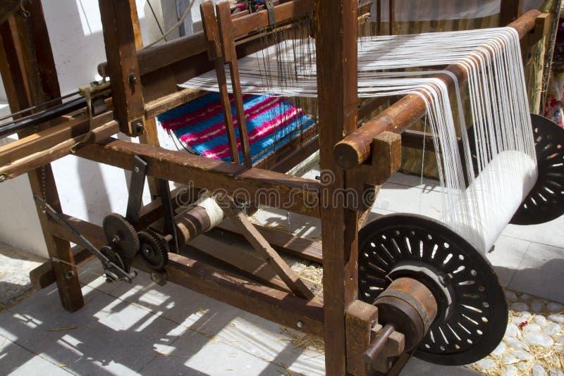 Funzionamento antico della macchina del filatore dell'annata fotografie stock libere da diritti