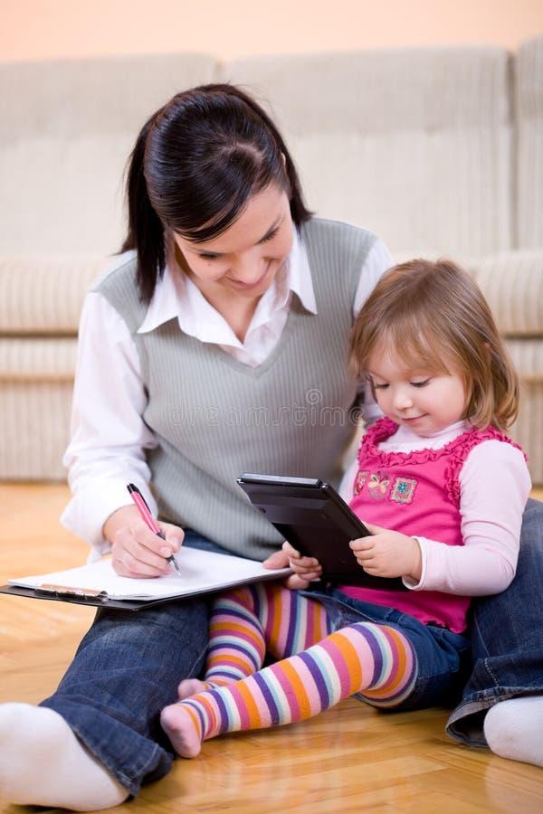 Funzionamento e parenting immagini stock libere da diritti