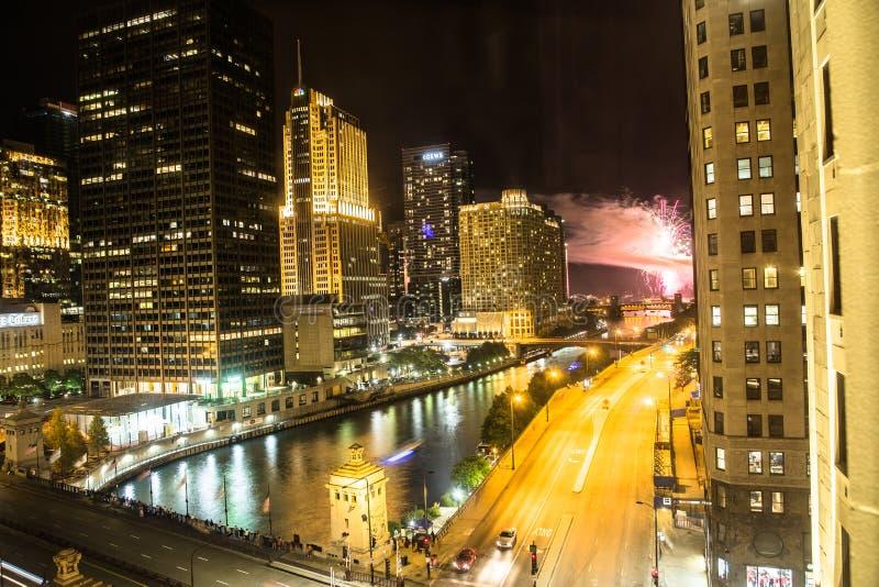 Fuochi d'artificio in Chicago alla notte fotografie stock