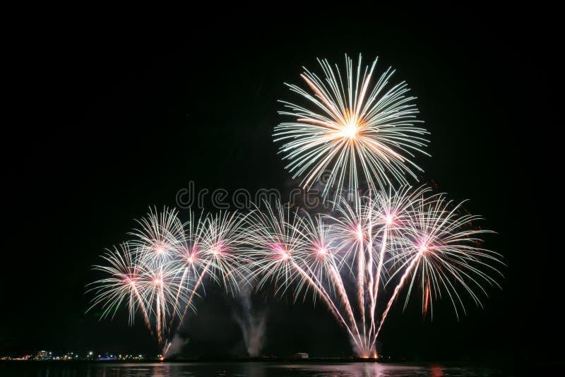 Fuochi d'artificio Colourful immagini stock libere da diritti